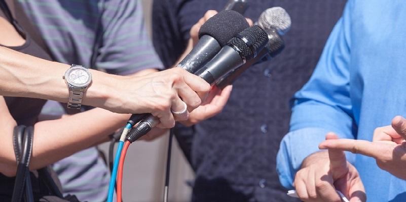 Journalisten en woordvoerders